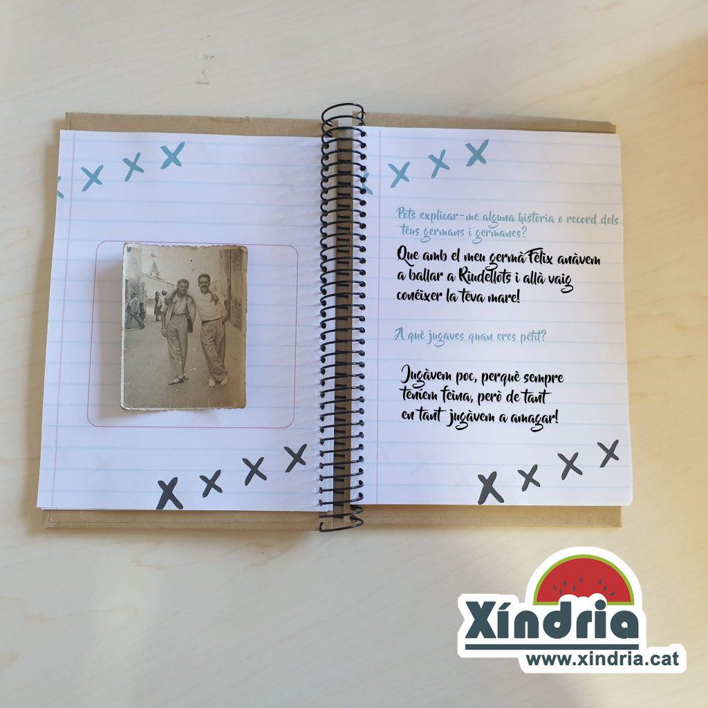 Llibreta per escriure la història dels avis. Regals per avis i àvies.