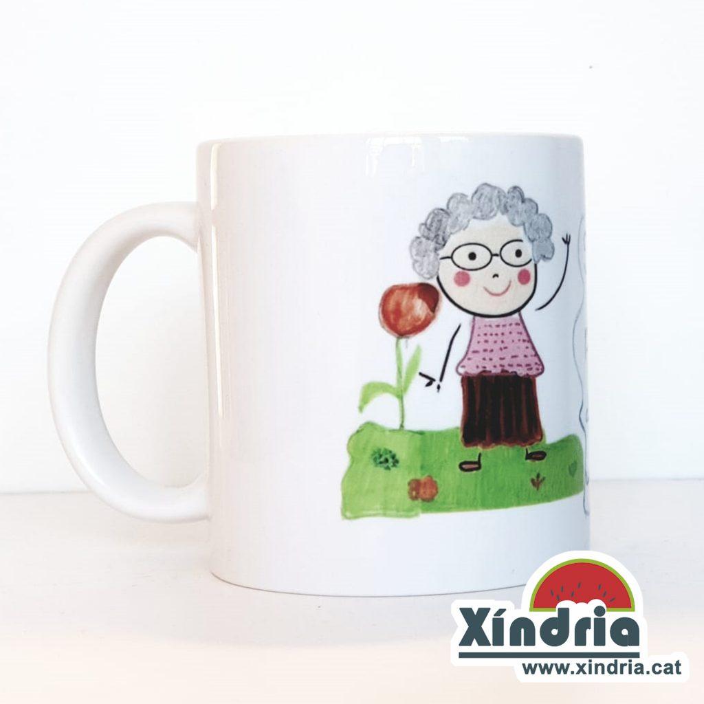 Tassa per regalar a l'àvia. Regals per avis i àvies.