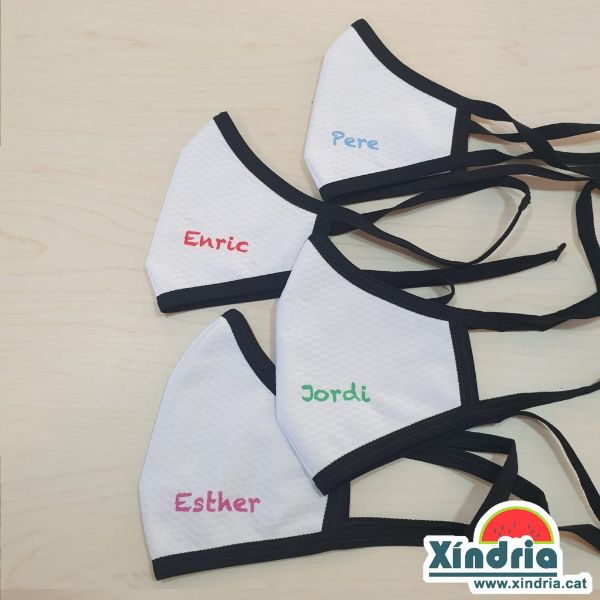 Mascareta personalitzada amb nom dels nens i nenes.