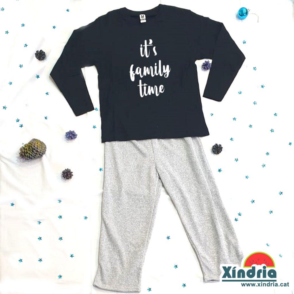 Pijama per nens i adults. Regals per pares i mares. Regals per nens. Regals familiars.